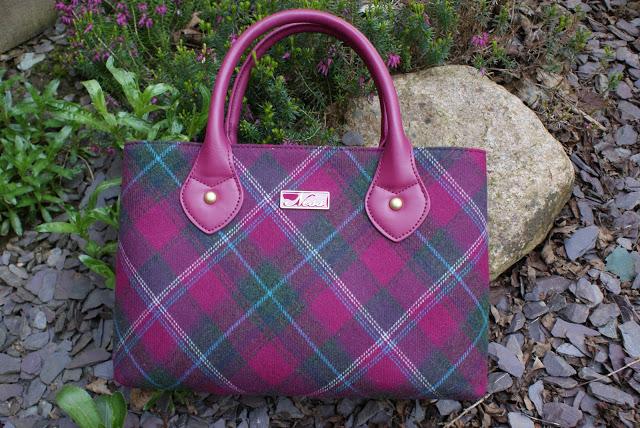 Ness Gardens Classic Bag