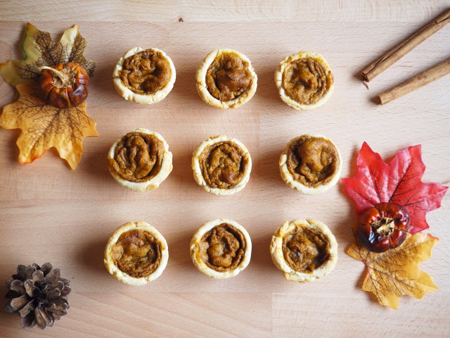 Mini Pumpkin Pies These tiny but tasty #pumpkinpies are #glutenfree and #dairyfree. Perfect for #thanksgiving #dessert or as an #Autumn #sweet #treat