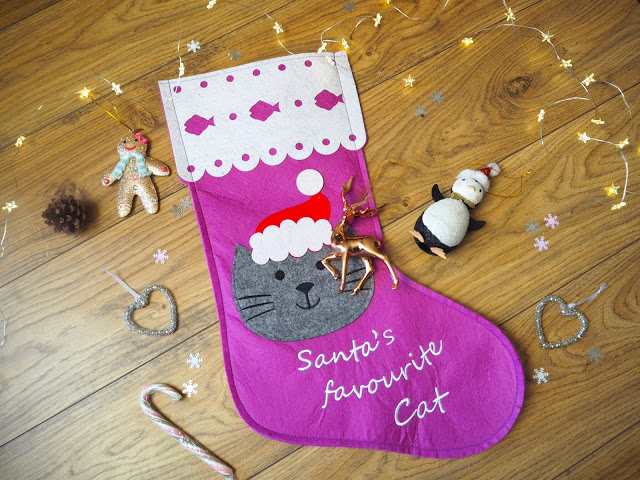 Christmas Cat Stocking; Christmas Decorations