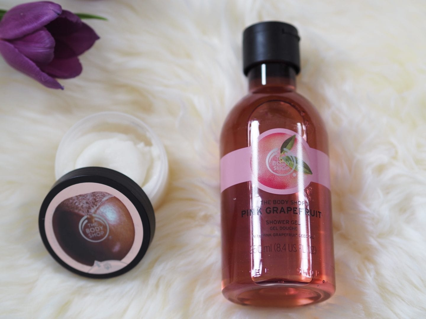 Body Shop Pink Grapefruit Shower Gel & Shea Body Scrub