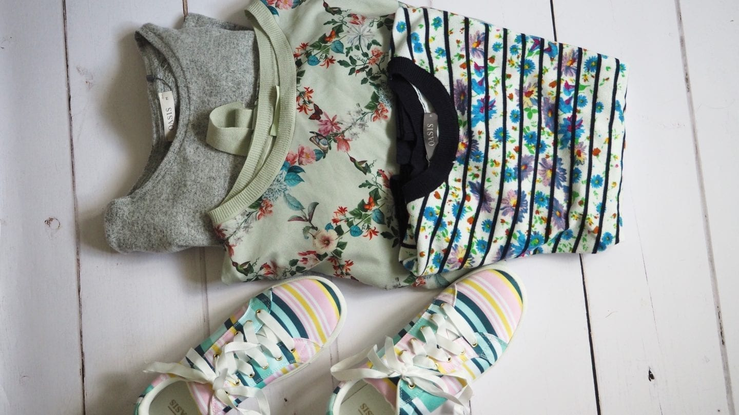 What I'm Loving In.......... July Oasis Clothing Sale