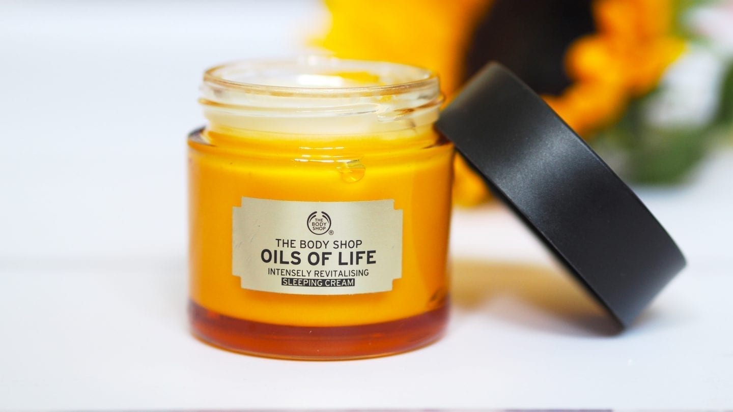 What I'm Loving In.......... The Body Shop Oils of Life Sleeping Cream