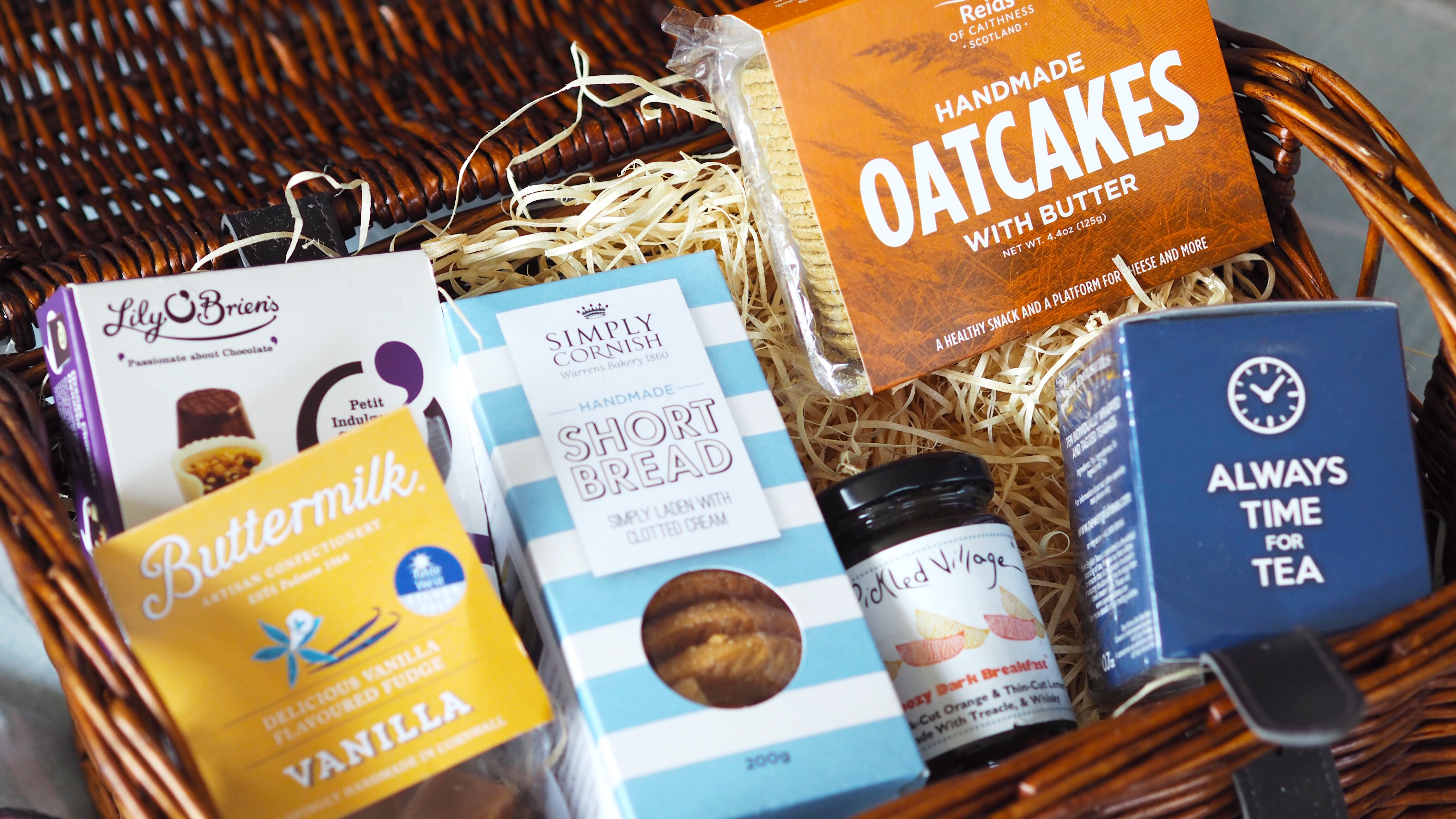 Father's Day Gift Guide Moonpig Gift Hamper