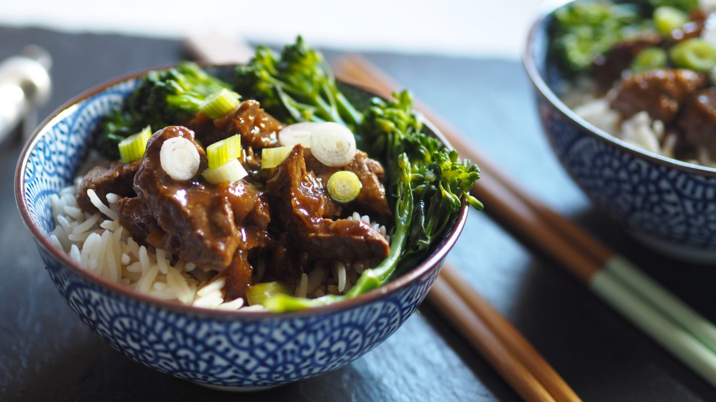 Slow Cooker Beef and Broccoli | SW Fakeaway