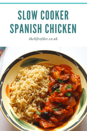 Slow Cooker Spanish Chicken | This Slow Cooker Spanish Chicken is quick and easy to prepare and is ideal for a busy midweek evening.  Serve with rice, roasted potatoes or even some crusty bread.