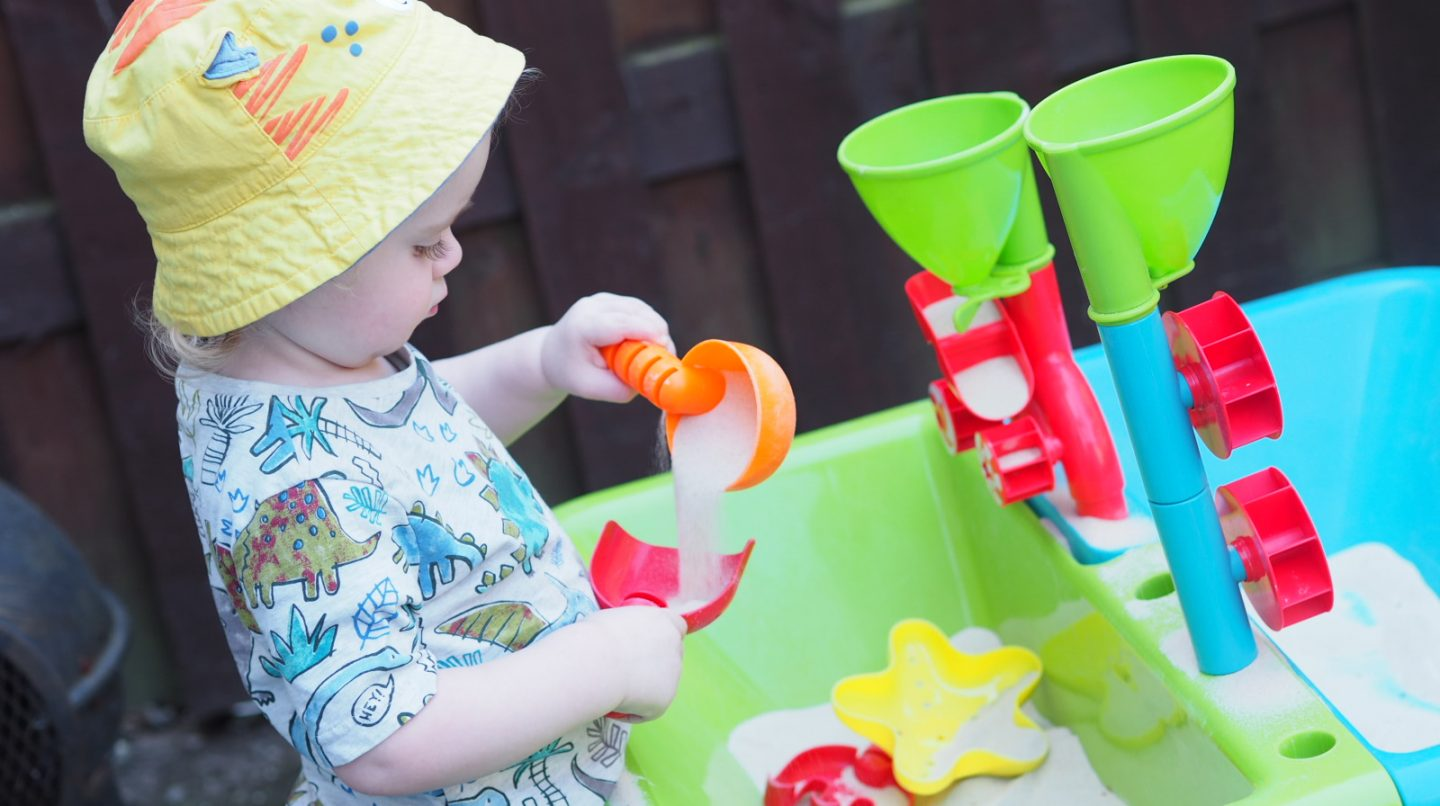 How To Entertain A Toddler In Your Garden | ELC Sand & Water Table